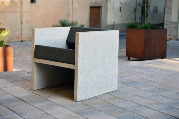 Cuboide Cast Stone Chair